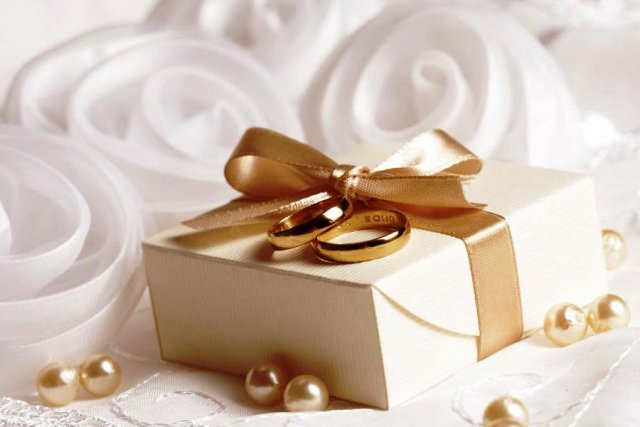 Подарок на годовщину свадьбы жене