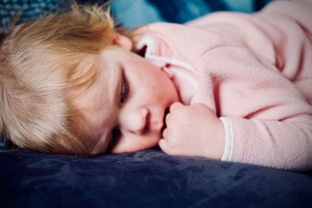 Детский бруксизм: причины патологии и методики лечения