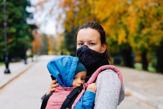 Яка буде допомога для матері-одиначки в 2021 році в Україні?